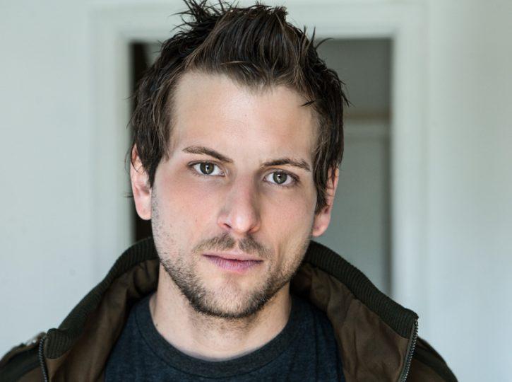 actor headshots Toronto Robert McGee Photography 9132