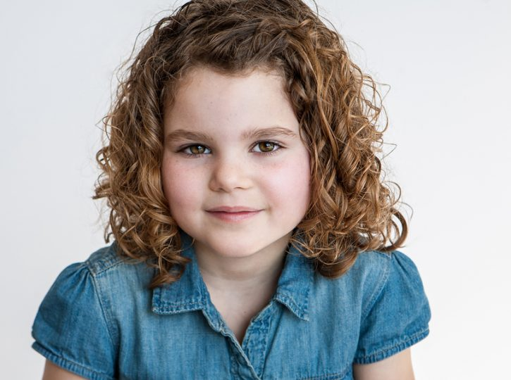 curly-haired-5-year-old-girl-for-Toronto-childrens-headshots-7795