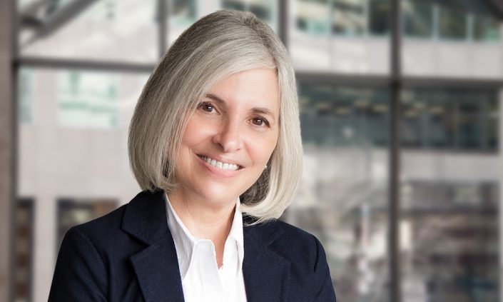 grey-haired-smiling-business-womans'-professional-headshots-toronto-7928