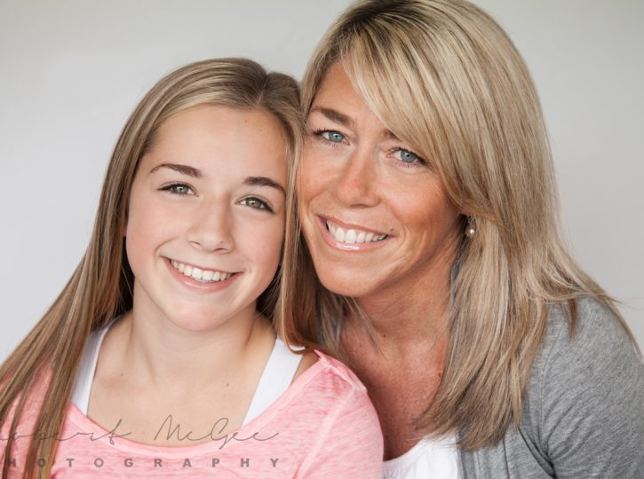 mother and daughter smiling family photography toronto 9437